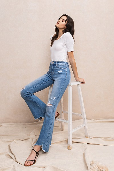 MID-RISE FLARE WITH HEM DETAIL